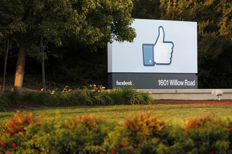 Sur Facebook, plus besoin