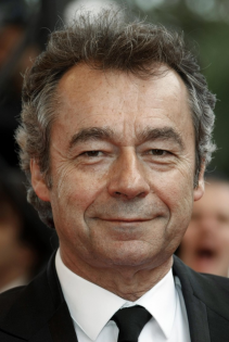 Michel Denisot dirigera la rédaction de Vanity Fair en VF - Copyright Reuters