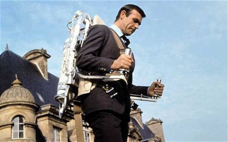 James Bond et son jetpack