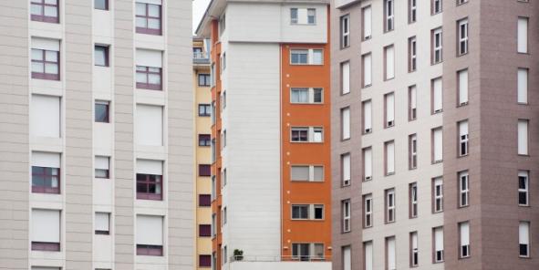 """Les logements sociaux dits """"PLS"""" destinés aux classes moyennes ne coûtent rien à l'Etat en termes d'aide à la pierre."""