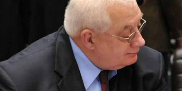 Le Délégué général pour l'armemennt n'a pas eu le mandat pour transformer le statut de la DGA en EPIC