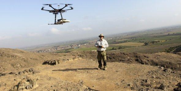 Le développement des drones à usage commercial, impulsé par Amazon, pourrait créer le métier de pilote de drone