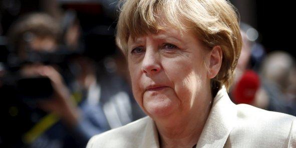"""Le """"non"""" grec est un camouflet qui place Angela Merkel face à un choix historique"""