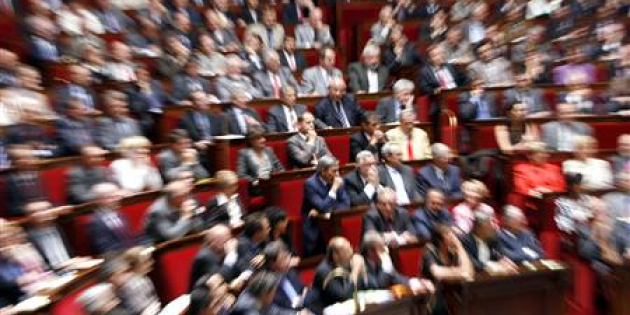 http://static.latribune.fr/article_page/77376/l-assemblee-nationale-vote-la-prime-dividendes.png