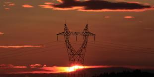 pylone à haute tension