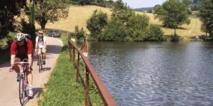 Le Rhône bénéficie de nombreuses petites routes pour le cyclotourisme