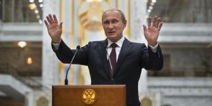L'intervention en Ukraine aura un coût pour Moscou, assure Obama