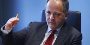 Benoît Coeuré, membre du directoire de la BCE, part à l'assaut de la résistance allemande.