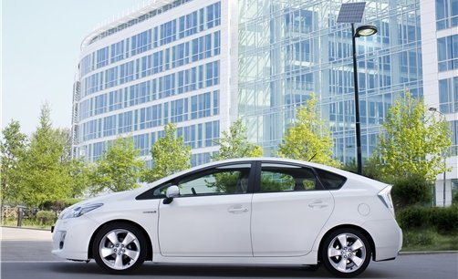 les taxis pl biscitent la fiabilit des toyota prius hybrides. Black Bedroom Furniture Sets. Home Design Ideas