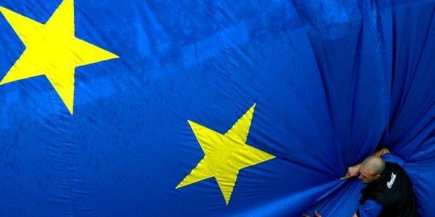 En l'absence de son troisième pilier, l'union bancaire demeure inachevée, le cercle vicieux entre crises bancaires et crise des dettes souveraines n'est toujours pas brisé.