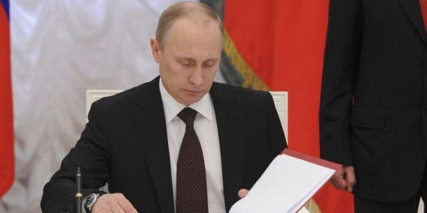 Jeudi 20 mars, Vladimir Poutine a ratifié le traité de rattachement de la Crimée, région ukrainienne à majorité russophone