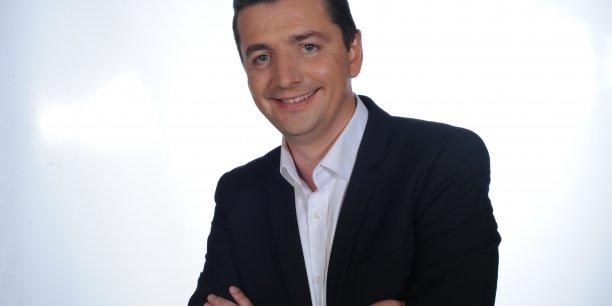 Proche de Jean-François Copé, Gaël Perdriau est engagé dans la vie municipale de Saint-Etienne depuis 1995.