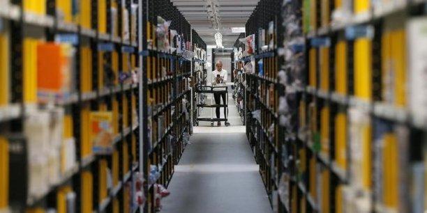 """Le chiffre d'affaires de l'e-commerce ne représente """"que"""" 9% de celui du commerce de détail.A titre de comparaison, la Banque de France signale une progression de seulement 1% du commerce de détail dans l'Hexagone."""