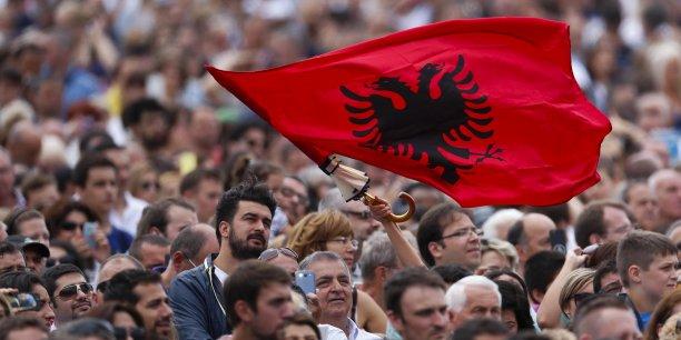 L'Albanie est désormais candidate officiellement à l'entrée dans l'UE