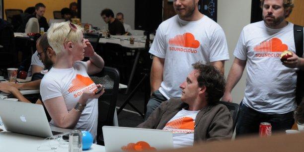 En échange de cette immunité, SoundCloud négocie la cession de 3% à 5% de son capital aux maisons de disque, ainsi qu'un pourcentage sur les revenus futurs. (Photo :Thomas Bonta via Flickr CC License by)