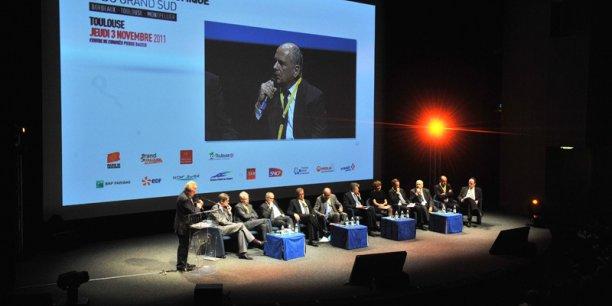 La deuxième table ronde était consacrée à l'innovation et l'intelligence