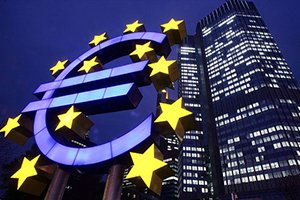 Les prix devraient baisser en zone euro dans les prochains mois