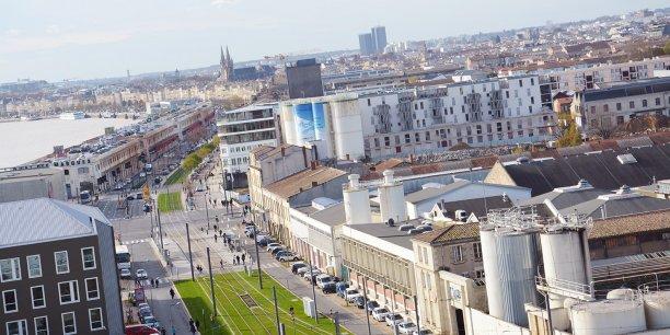 Le port de bordeaux et la caisse des d p ts investissent 23 m for Appartement bordeaux bassin a flot