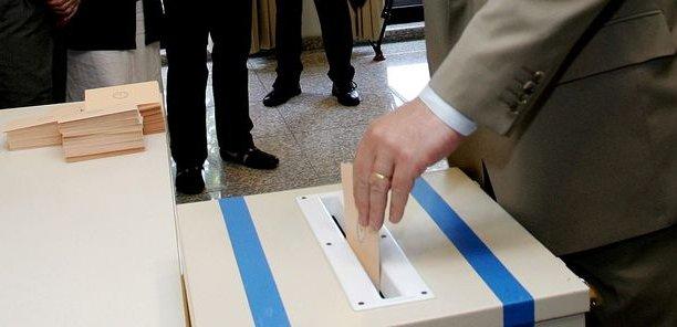 En dehors de quelques cas expressément prévus par le code du travail, le referendum en entreprise n'a qu'un simple rôle consultatif. Son résultat n'est pas engageant.