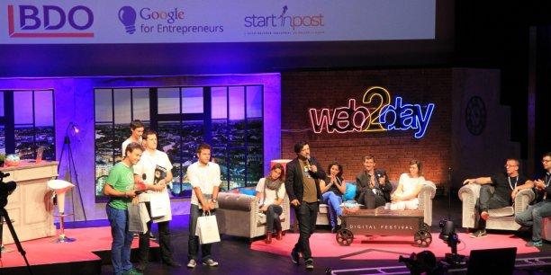 Le jury de la finale sur la scène du global Challenge au Web2day: Start'inpost, cabinet BDO, Numa, les fonds d'investissements Isai et Elaia Partners, Everbrite. (Olivier Pailhès (Aircall) avec le tee-shirt vert)