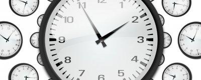 la durée effective du travail atteint 39,3 heures hebdomadaires dans le secteur marchand et 1.686 heures annuellement. Nettement plus que les différentes durées légales...
