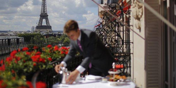 Les palaces parisiens refusent de se laisser emporter par le tsunami airbnb - La vie dans les palaces parisiens ...