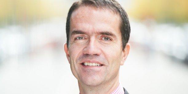 Charles Cuvelliez, professeur à l'Ecole Polytechnique de Bruxelles, ULB, Belgique.
