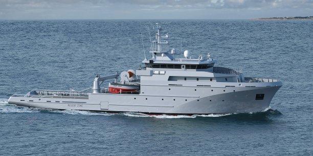 La Direction générale de l'armement a commandé au groupement mené par les chantiers navals Piriou, auxquels sont associés les sociétés KERSHIP et DCNS,  la réalisation de quatre Bâtiments de soutien et d'assistance hauturiers (BSAH) destinés à la Marine nationale.