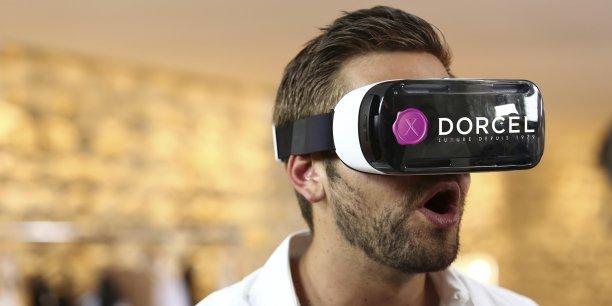 Ce genre d'expérience inédite montre que si la réalité virtuelle a de l'avenir au cinéma et dans le jeu vidéo, cette technologie peut aussi avoir son intérêt dans le domaine des contenus pour adultes.