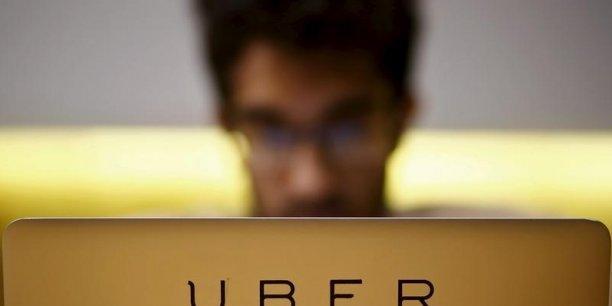 Chez Uber il ne s'agit pas a priori de négocier quoi que ce soit pour l'instant, alors que certains chauffeurs comptent bien créer un syndicat professionnel afin de défendre leurs intérêts.
