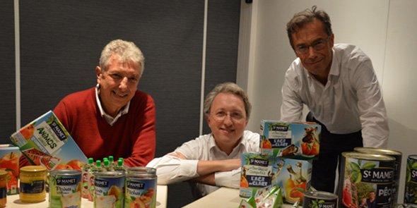 Matthieu Lambeaux, DG, entouré de Thierry Meynier de Salinelles, président des coopérateurs de Conserves Gard (à gauche), et de Joël Derrien, directeur marketing et R&D.