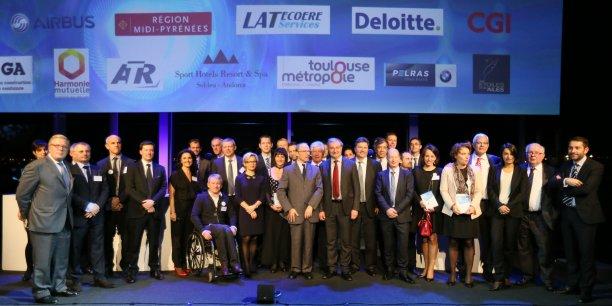 Photo de famille des lauréats lors de l'édition 2014