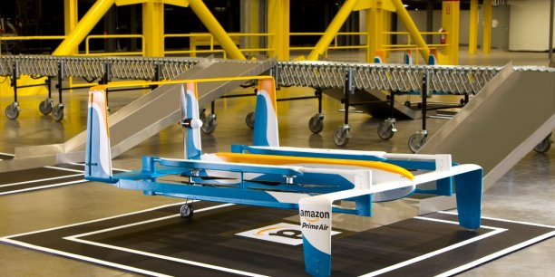 """Amazon tente de développer des """"drones de livraison"""" mais n'a pas encore obtenu les autorisations de vol."""