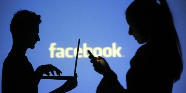Facebook revendiquait 1,59 milliard d'utilisateurs fin décembre, contre 1,55 milliard trois mois plus tôt.
