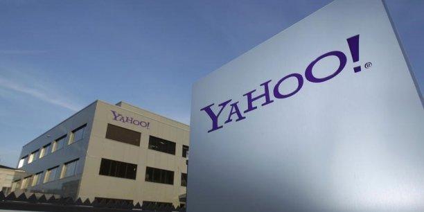 Cette requête tombe quelques semaines après un revirement spectaculaire de Yahoo! sur la scission de sa participation dans le géant chinois du commerce en ligne Alibaba.