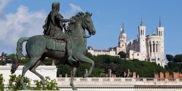 Lyon s'est mise en marche depuis plusieurs années pour répondre aux enjeux des Smart Cities. Grâce à ses efforts, elle détient le titre de la ville la plus intelligente de France.