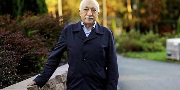 Le président turc Erdogan a accusé les putschistes d'être liés à Fethullah Gülen son ennemi juré, exilé depuis 1999 aux Etats-Unis.
