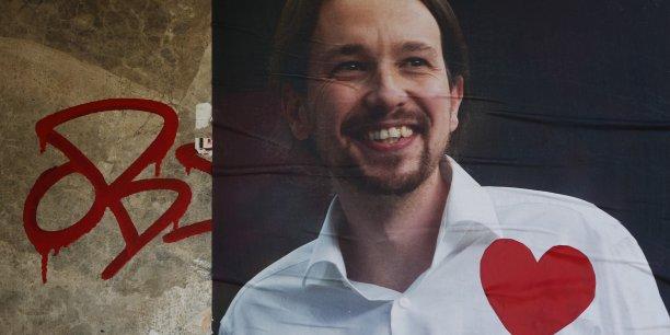 """Le parti de Pablo Iglesias veut mettre en avant un rejet des """"privilèges"""" des acteurs de la vie politique."""