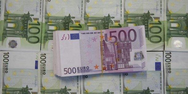 En Europe, le groupe BEI a prêté 84,5 milliards d'euros en 2015.