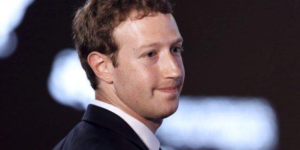 Mark Zuckerberg, le patron de Facebook, mise sur les données de ses utilisateurs pour proposer aux annonceurs des publicités de plus en plus ciblées.