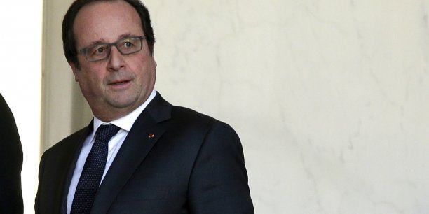 """François Hollande souhaite également """"renforcer"""" l'agence du service civique, qui deviendra un """"Haut commissariat à l'Engagement, placé directement auprès du Premier ministre""""."""