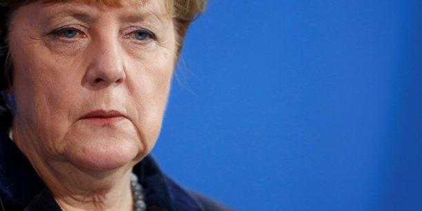 A la veille du scrutin, Angela Merkel a une nouvelle fois défendu sa politique migratoire, qui a impliqué l'accueil de plus d'un million de migrants l'an dernier en Allemagne.