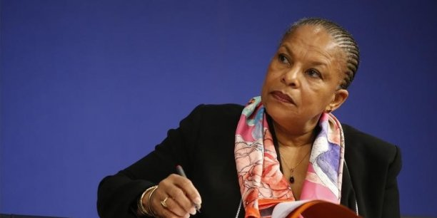 Christiane Taubira était de plus en plus contestée pour sa position contre la déchéance de nationalité.