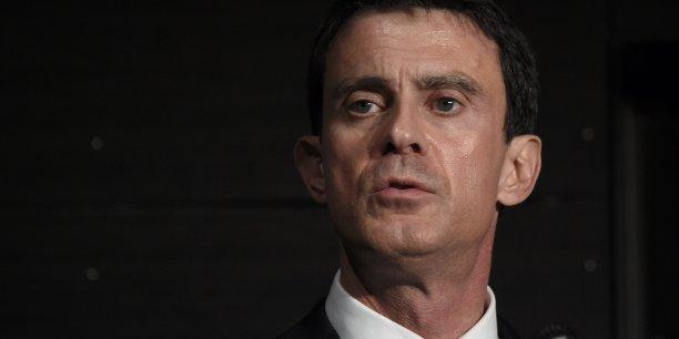 Manuel Valls a été bien reçu par les agriculteurs contrairement à François Hollande.