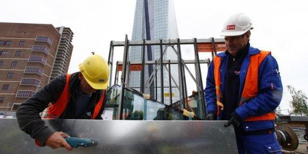 Pour relancer l'activité, les économistes suggèrent notamment de relancer la construction de logements