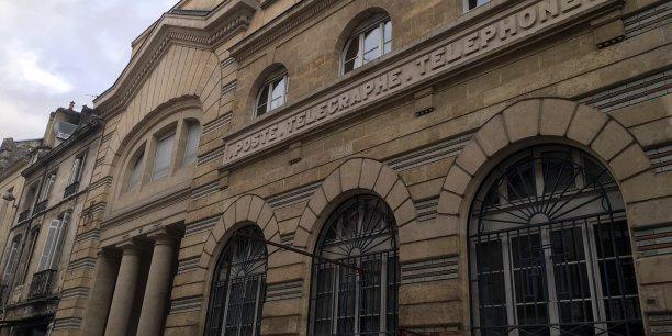 """L'ex-PDG de Hellodoc - Imagine Editions ouvrira en décembre à Bordeaux, dans ce lieu art déco, un concept culturel et commercial unique en France : """"la Grande Poste, espace improbable"""""""