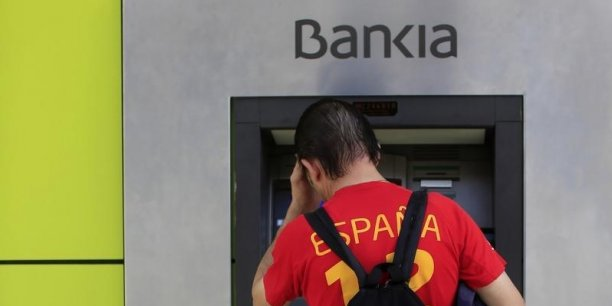 Des milliers de petits porteurs ayant participé à l'entrée en Bourse de Bankia, en 2011, ont vu leur investissement réduit à néant lors du sauvetage de la banque par l'Etat espagnol l'année suivante.