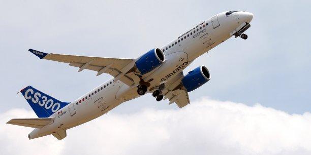 Bombardier a annoncé une commande de 45 avions CS300 par Air canada avec des options sur 30 autres avions CS300.