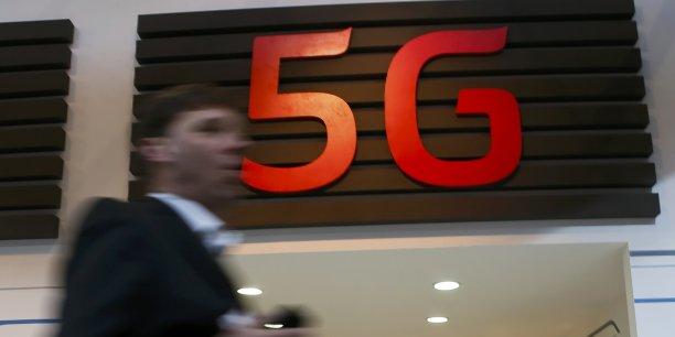 """""""Nous prévoyons cette année un accroissement spectaculaire de nos investissements en 5G"""", a déclaré Rajeev Suri, le PDG de Nokia, lundi à Barcelone."""