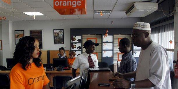 Le géant français des télécoms et la firme de Mountain View ont annoncé en outre une campagne pour vanter les bénéfices de l'Internet mobile dans plusieurs langues locales, dont le swahili (parlé en Afrique de l'Est) et le wolof (parlé au Sénégal notamment).